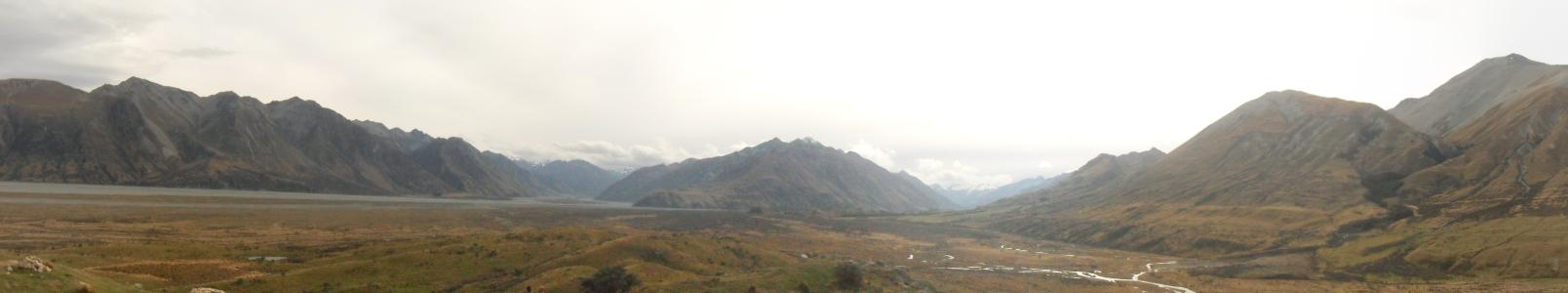 Name: View from Edoras NZ Camera make: SAMSUNG Model: SAMSUNG Software: